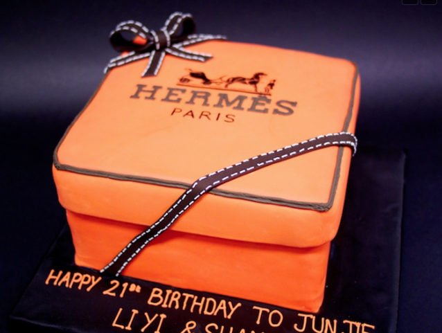 Hermes-packaging-design-stop-motion-birthday-cake