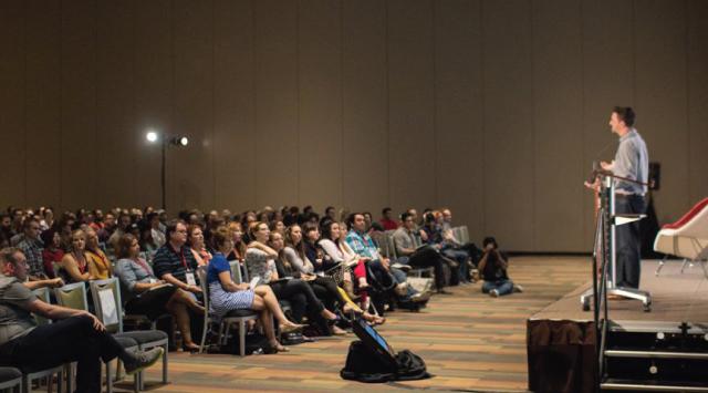Phxdw-phoenix-design-week-2014-method-madness-conference-evelio-mattos-speaker-aiga-3